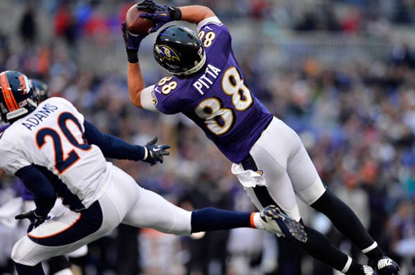 Dennis Pitta is a TE I really like this year and his current ADP is in the 7th round.